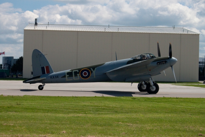 Mosquito Taxiing