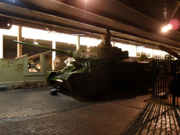 T-34/85 Side Duxford
