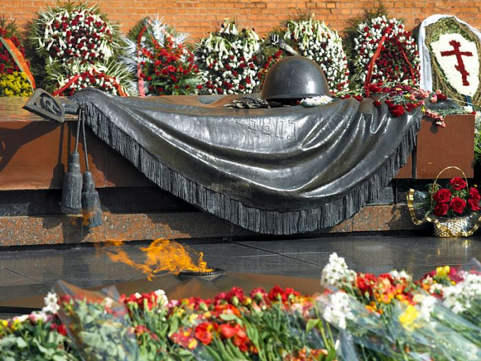 Tomb of the Unknown Soldier Moscow