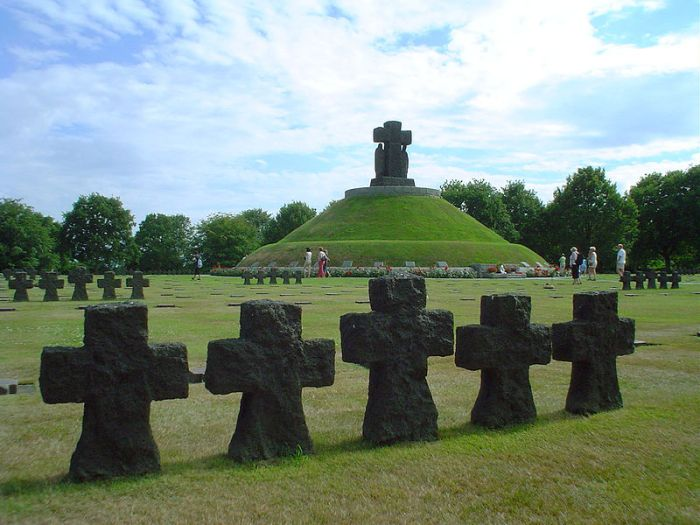 La Cambe German Cemetery
