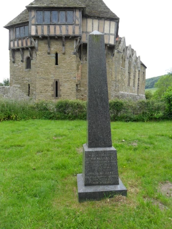 WWI Grave Stokesay Full