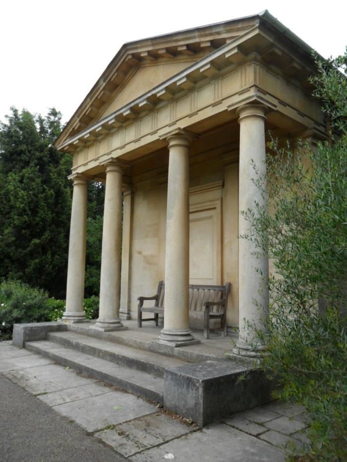 Kew Columns