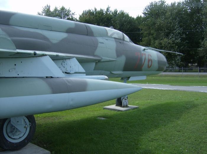 Trenton MiG-21 Side