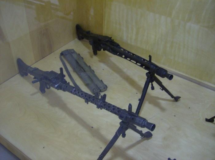 MG34, MG42 Borden
