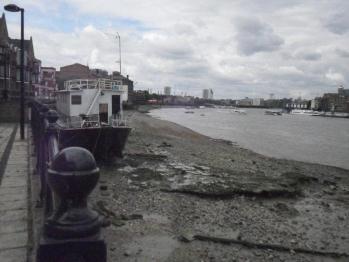 Thames Boat
