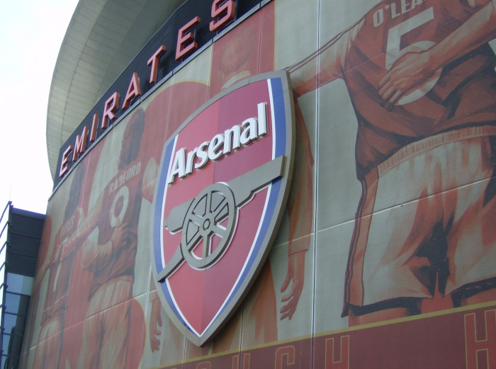 Arsenal Sign