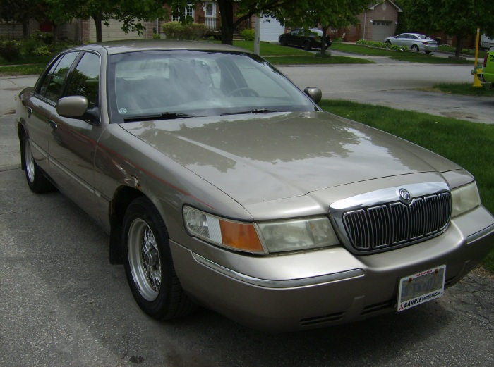 Grand Marquis 001
